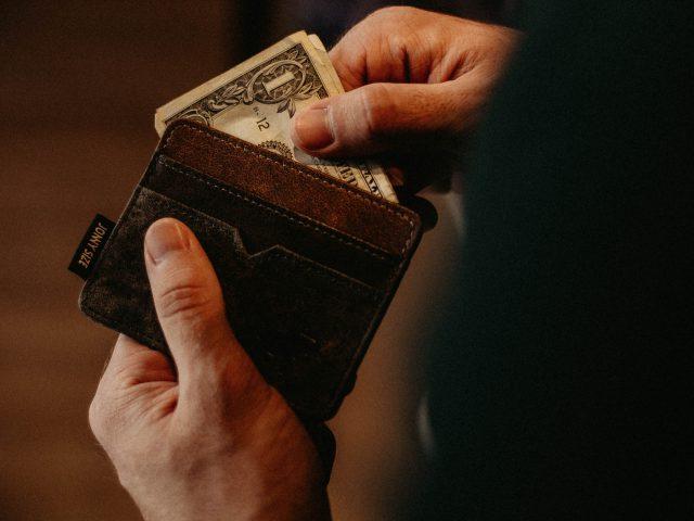 Cuida tu dinero