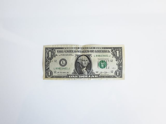El dilema de refugiarse en el dólar