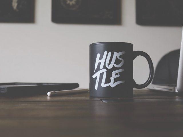 Cómo ahorrar si eres tu propio jefe