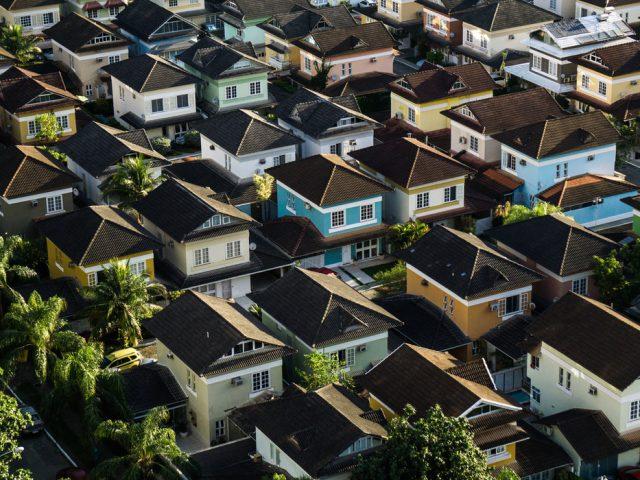 Lo bueno y lo malo de invertir en bienes raíces