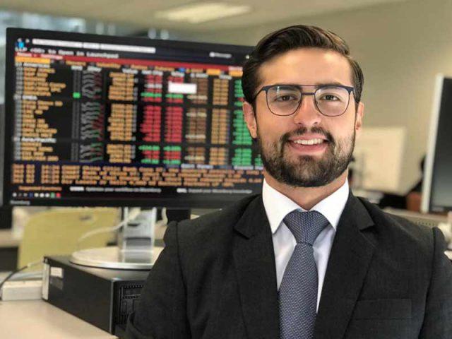 Comenzó su carrera financiera a los 8 años y ahora tiene su propia empresa.