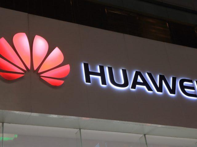 Le dan otra 'chance' a Huawei