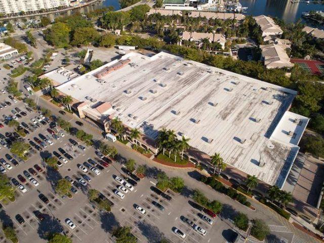 Walmart, Tesla y la complacencia del mercado accionario
